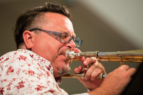 Ohrwurmgarantie: Adrian Mears New Orleans Hardbop mit Peter Madsen an Bord.adrian mears
