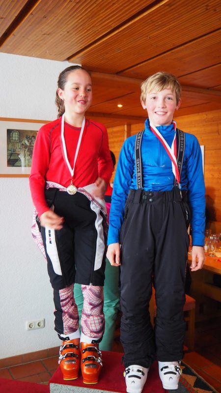 Ronja Türtscher und Adrian With waren die schnellsten Skiläufer. Egle