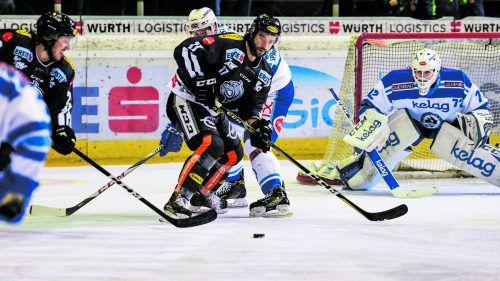 Scott Timmins gelang der Ausgleich zum 1:1 gegen Villach – am Ende war aber in Kärnten für die Bulldogs nichts zu holen.gepa