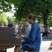 Jeder darf spielen auf diesem Klavier