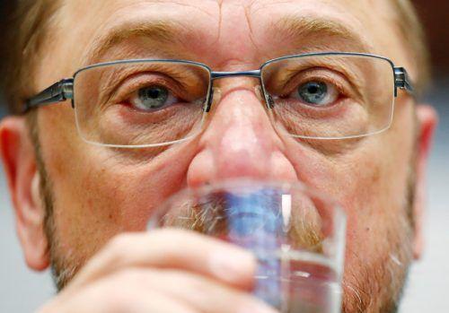 SPD-Chef Schulz gilt als angeschlagen. Die Mehrheit der Deutschen will einer Umfrage zufolge nicht, dass er Minister wird. reuters