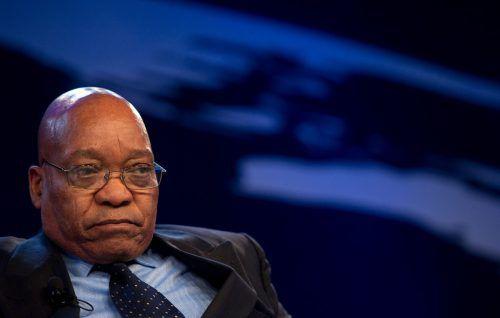 Staatschef Zuma weist die Anschuldigungen zurück. afp