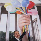 Riesenzoff in Paris wegen Riesenskulptur von Jeff Koons