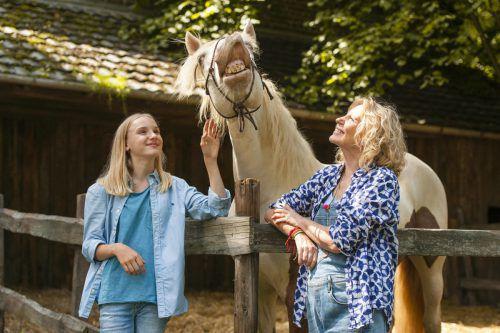 """""""Wendy 2"""" erzählt, wie es mit dem blonden Teenager, und Dixie, der von Wendy so sehr verehrten Stute, weitergeht. sony Pictures"""