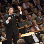 Dirigent Andres Orozco-Estrada leitet Symphoniker