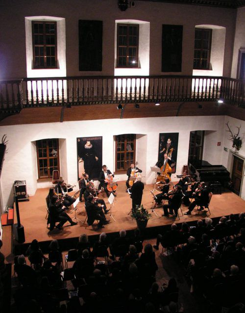 """Arpeggione eröffnet die neue Saison mit """"Bach forever"""" am kommenden Samstag im Hohenemser Palast."""
