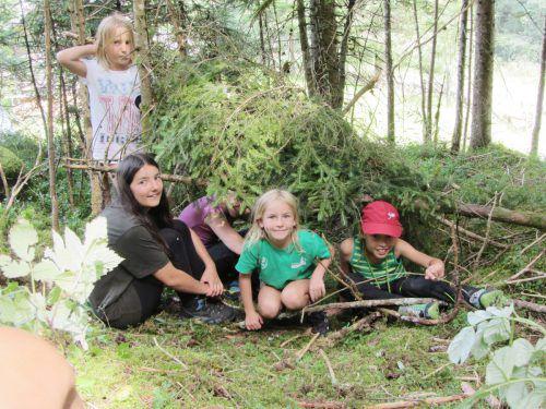 Auch heuer können sich interessierte Kinder zum Montafoner Juniorförster ausbilden lassen. Waldschule
