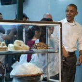 Restaurant in Vietnam stellt Obamas Esstisch hinter Glas