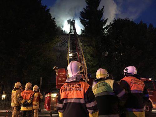 Das Zentrum von Feldkirch war am Freitagmorgen Schauplatz eines Großeinsatzes der Feuerwehren.Vol.at/pltesch