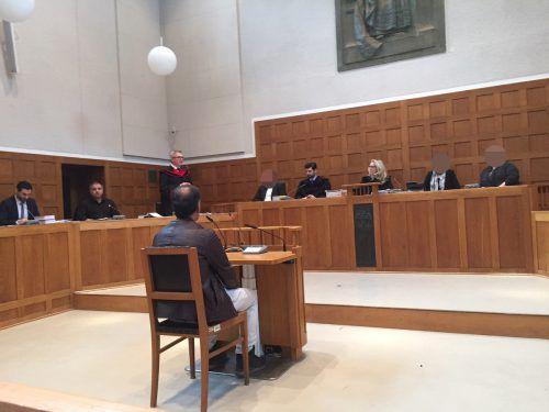 Der 39-jährige Angeklagte konnte das Gericht von der Version, zur Mittäterschaft gezwungen worden zu sein, überzeugen. Das Urteil ist nicht rechtskräftig. VN/sohm