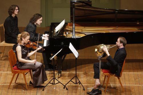 Der Hornist Felix Klieser löste ein, was er über sein Selbstverständnis im Umgang mit seiner extremen körperlichen Behinderung gesagt hat. Schubertiade