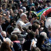Papst will, dass sich junge Leute Gehör verschaffen