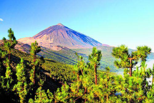 Der wunderschöne Teide Nationalpark eignet sich für mehrtägige Wanderungen.