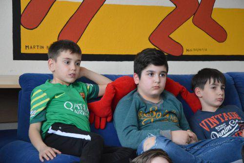 Die Kinder im Lesecafé Dornbirn lauschten der spannenden Geschichte.caritas