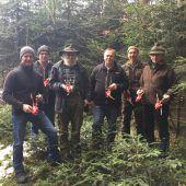 Jäger protestieren gegen Trophäenschau