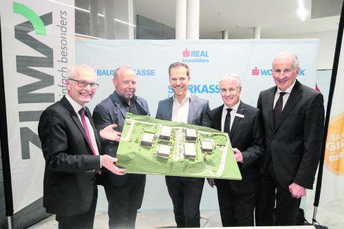 Direktor Anton Steinberger, Johannes Kaufmann, Claudio Kohler (ZIMA), Herbert Caser, BM Wilfried Berchtold. Foto: ZIMA