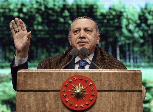 Erdogan setzte einen weiteren Schritt in Richtung totaler Machtentfaltung.AP