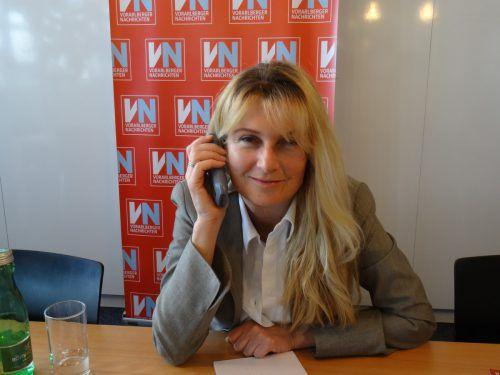 Eva-Maria Düringer nahm sich für jeden Anrufer ausreichend Zeit. vn/prock