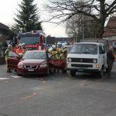 Bei Autounfall verletzt