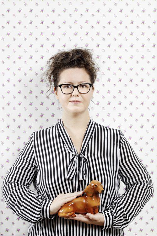 """Nadine Kegele liest aus ihrem aktuellen Werk """"Und essen werden wir die Katze"""". detAilsinn.at"""