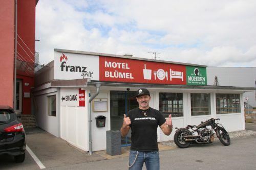 Franz Blümel stellt sein Lokal in den Dienst der guten Sache. VN