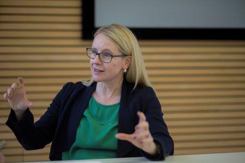 """Ministerin Schramböck zum Staatsziel Wirtschaft: """"Die Wirtschaft muss genauso behandelt werden wie Umwelt oder Nachhaltigkeit.""""VN/Paulitsch"""