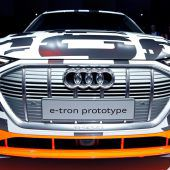 Messepremiere des Audi A6: Business-Limousine im Rampenlicht