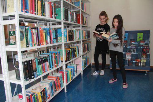 Neben dem sozialen Engagement wird in Levis auch großer Wert auf die Leseförderung gelegt. Direktion