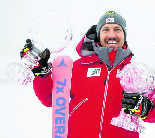 Österreichs Ski-Ass Marcel Hirscher stockte seine Kristall-Kollektion in dieser Saison um eine große und zwei kleine Kugeln auf insgesamt 17 auf.gepa