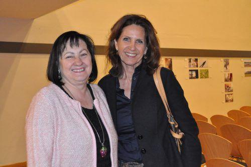 Olga Pircher und Angelika Rein genossen den informativen Abend.