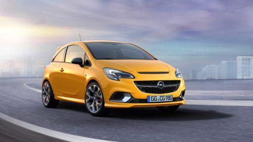 Opel baut die sportliche GSi-Familie aus. Auf die Dynamik-Variante des Mittelklässlers Insignia folgt nun ein Corsa-Sportmodell. Der Kleinwagen erhält eine spezielle Optik mit Spoilern und Carbon-Elementen, ein Sportfahrwerk und Recaro-Sportsitze. In Sachen Leistung wird er sich deutlich unter dem kompromisslos sportlichen OPC-Modell einordnen, das es auf 207 PS bringt.