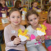 Osterbasteln in Altacher Bücherei als Renner bei Kindern
