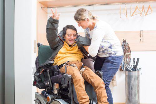 Praktische Hilfe im Alltag: Die Persönliche Assistenz macht es möglich. walser