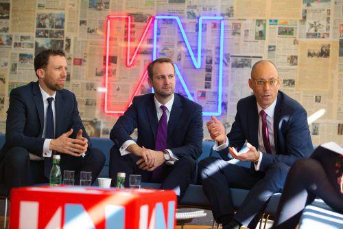 Schoellerbank-Bregenz-Standortleiter Peter Scherbaum und die Asset Manager Jakob Frauenschuh und Felix Düregger. VN/hartinger