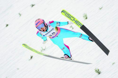 Stefan Kraft fühlt sich auf der Flugschanze in Planica wohl und gibt am Saisonende mit Platz drei nochmals ein kräftiges Lebenszeichen,apa