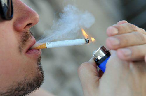 Ab Jänner 2019 gilt das Rauchverbot bis 18. Darauf haben sich die Landesjugendreferenten am Freitag geeinigt.DPA