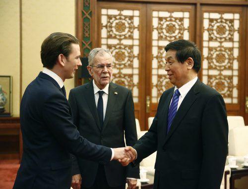 Am Montag trafen Kurz und Van der Bellen den Volkskongresschef Li Zhanshu. APA