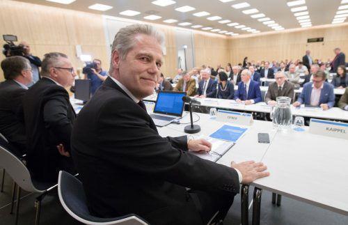 AUVA-Obmann Anton Ofner bei der Generalversammlung: Er pocht auf den Erhalt der AUVA und ortet Unterstützung über die Parteigrenzen hinweg. APA