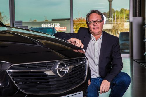 Christoph Gerster setzt weiter auf seine Hauptmarke Opel, auch wenn der Händlervertrag neu verhandelt wird. VN/Steurer