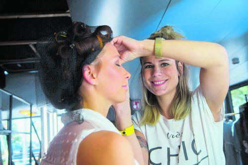 Claudia Gemeiner weiß, worauf es beim Make-up ankommt.