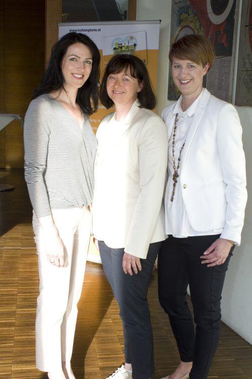 Damentrio Isabella Greber (l.), Carmen Hagen und Sandra Mager.