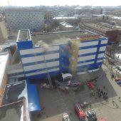 Einkaufszentrum in Moskau in Flammen