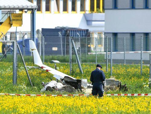 Das Kleinflugzeug wurde bei dem Unglück zerstört. APA