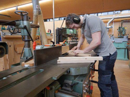 Das Vorarlberger Handwerk rechnet nach einem guten Jahr 2017 auch 2018 mit guter Auftragslage. Und sucht nach Fachkräften – ausgebildeten und auszubildenden. Tischler