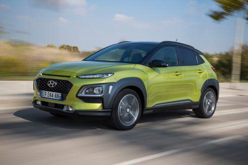Den Kona platziert Hyundai mit breitem Antriebsprogramm: Zu Benzinern und Dieseln reichen die Südkoreaner im Sommer einen Elektriker nach.