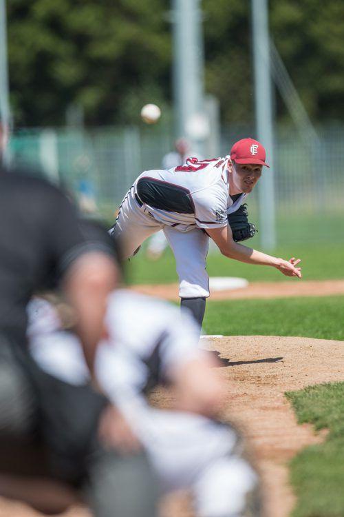 Die gastgebenden Feldkirch Cardinals (im Bild Lukas Bickel) erreichten zum Saisonstart in der Baseball League Austria im Derby gegen die Dornbirn Indians einen Split.VN/Sams