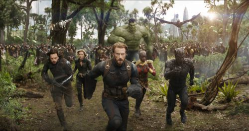 "Die Superhelden kämpfen in ""Avengers: Infinity War"" gegen Bösewicht Thanos. Marvel Studios"