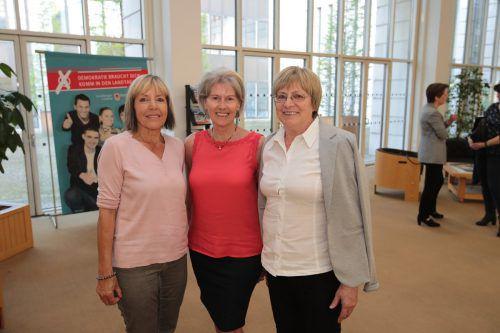 Edeltraud Bell (l.), Rita Kresser und Helga Scheyer.