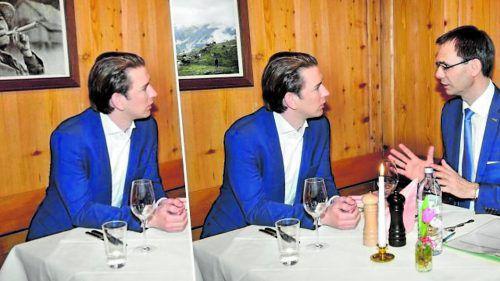 Ein Essen zwischen Kurz und Wallner, zwei Bilder im Hintergrund: Aus einer eingerahmten Zigarrenraucherin wurde plötzlich eine Landschaftsidylle.VOL.AT