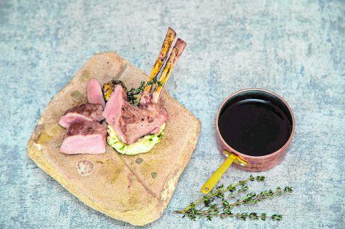 Ein wunderbares Gericht für den Frühling: Lammrücken mit Risotto.Roland Paulitsch